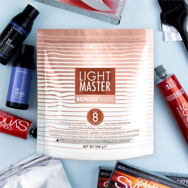 Light Master Level 8 lightening powder with bonder inside 500g Thumbnail Image 1